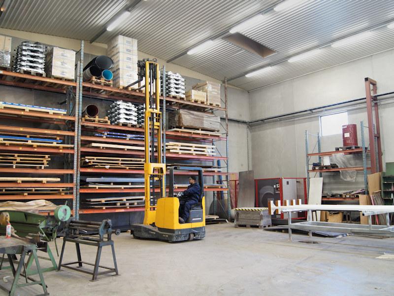 Tuotantotilat,  metallin valmistus